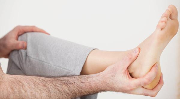 Как лечить пяточную шпору в домашних условиях