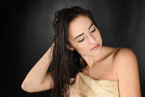 Зуд головы после мытья бывает вызван аллергией