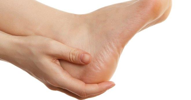 Дырка в пятке - редкая патология, требующая лечения