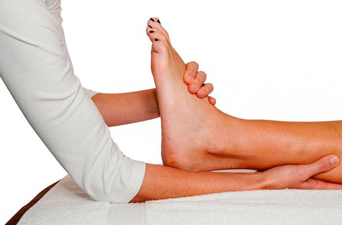 Почему хрустят пальцы на ногах