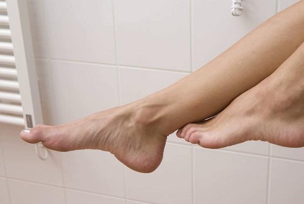 Сахарный диабет провоцирует онемение пальцев ног