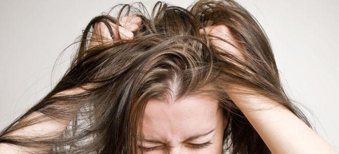 Зуд кожи головы бывает вызван некачественной косметикой